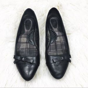 Born Black Leather Flats with bow details